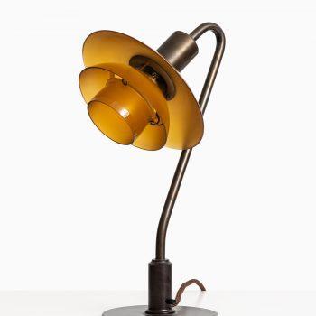 Poul Henningsen Vintergækken table lamp at Studio Schalling