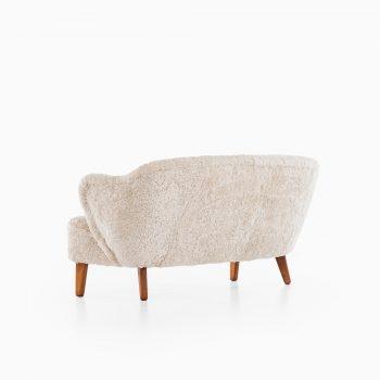 Flemming Lassen sofa in sheepskin at Studio Schalling