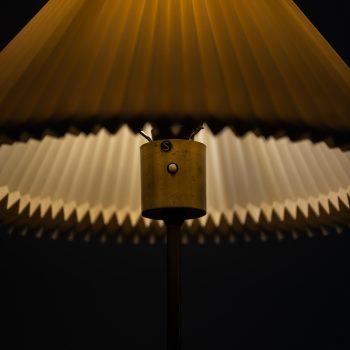 Bergbom floor lamp model G-31 in brass and teak at Studio Schalling