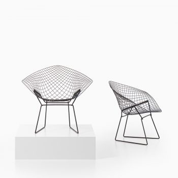 Harry Bertoia Diamond easy chairs by Knoll at Studio Schalling