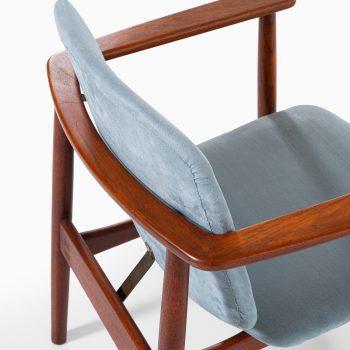 Børge Mogensen armchairs in teak at Studio Schalling