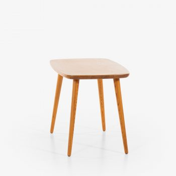 Göran Malmvall coffee table in solid pine at Studio Schalling