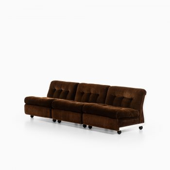 Mario Bellini Amanta sofa by C&B Italia at Studio Schalling
