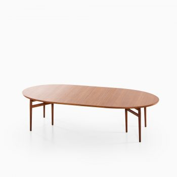 Arne Vodder dining table model 212 in teak at Studio Schalling
