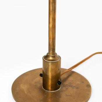 Poul Henningsen table lamp model PH 3½/2 in copper at Studio Schalling