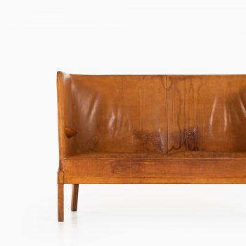 Frits Henningsen sofa in patinated natural leather at Studio Schalling