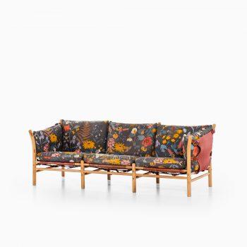 Arne Norell Ilona sofa in beech at Studio Schalling