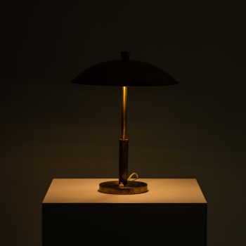Table lamp in brass by unknown designer at Studio Schalling