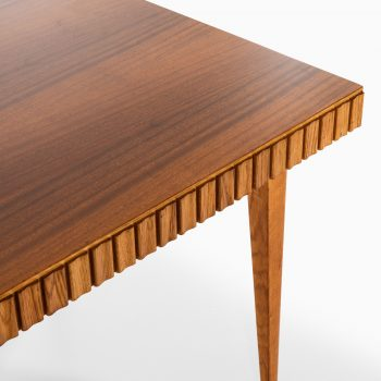 Dining table in oak and mahogany at Studio Schalling