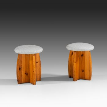 Set of 3 stools in pine and linen fabric at Studio Schalling