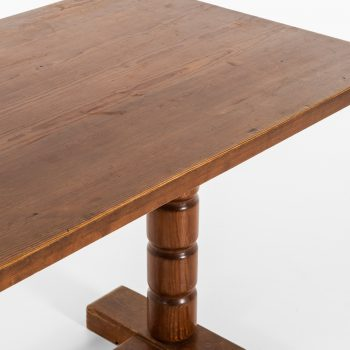 Dining table in pine in the style of Axel Einar Hjorth at Studio Schalling