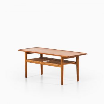 Hans Wegner AT-10 coffee table by Andreas Tuck at Studio Schalling
