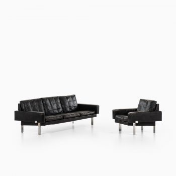 Illum Wikkelsø easy chair in steel and black leather at Studio Schalling