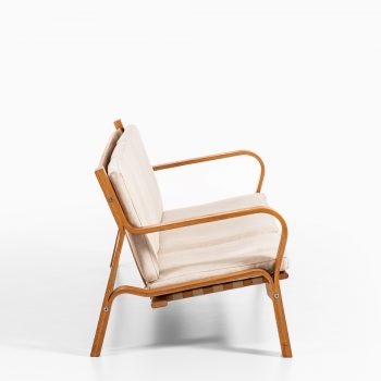 Hans Wegner sofa model GE-671 by Getama at Studio Schalling
