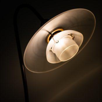 Poul Henningsen floor lamp 'Syvtallet' at Studio Schalling