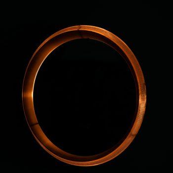 Round mirror in copper at Studio Schalling