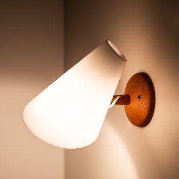 Uno & Östen Kristiansson wall lamps by Luxus at Studio Schalling