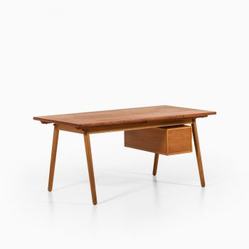 Poul Volther desk in teak and oak at Studio Schalling