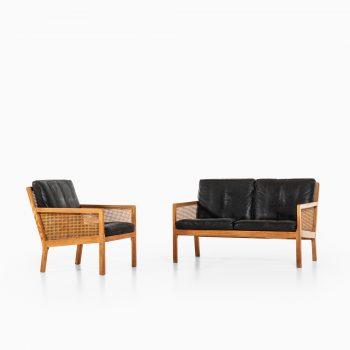 Bernt Petersen sofa produced by Wørts møbelsnedkeri in Denmark at Studio Schalling