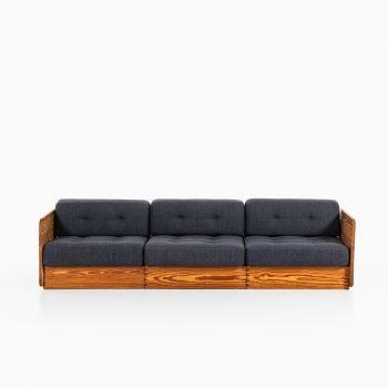 Sofa in oregon pine by unknown designer at Studio Schalling