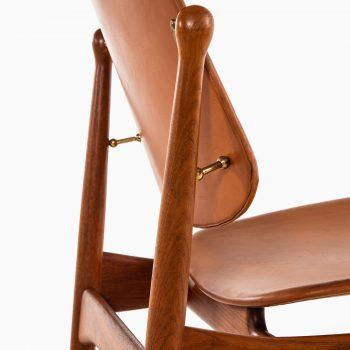 Arne Vodder dining chairs model 203 in teak at Studio Schalling