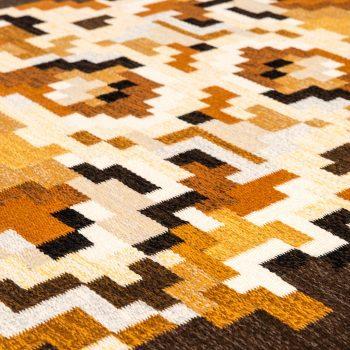 Erik Lundberg flatweave carpet model Korall brun at Studio Schalling