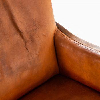 Frits Henningsen easy chair in mahogany at Studio Schalling