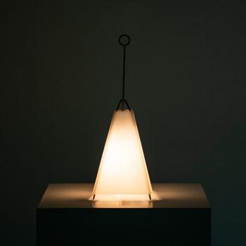 Hans-Agne Jakobsson table lamp model B-52 at Studio Schalling