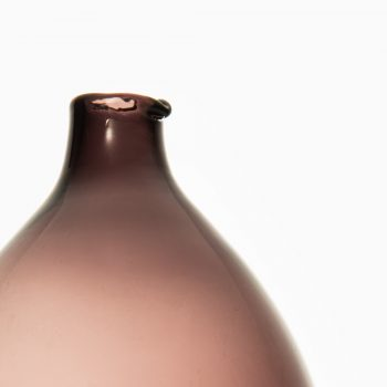 Timo Sarpaneva glass vase Pullo by Iittala at Studio Schalling