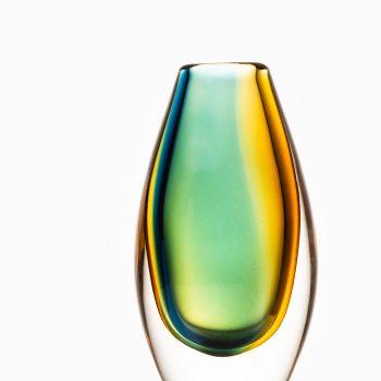 Vicke Lindstrand glass vase produced by Kosta at Studio Schalling