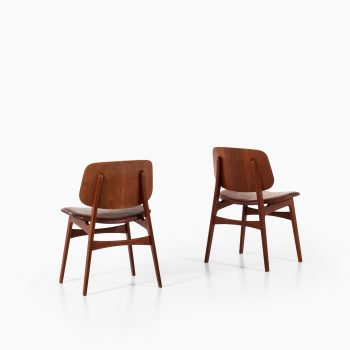 Børge Mogensen shell chairs model 122 in teak at Studio Schalling