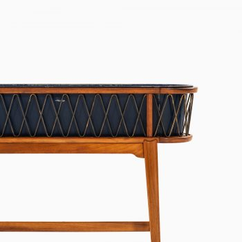 Plant stand / table attributed to Carl-Axel Acking at Studio Schalling
