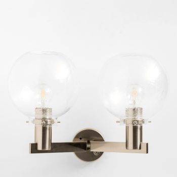Hans-Agne Jakobsson wall lamps model V-305/2 at Studio Schalling