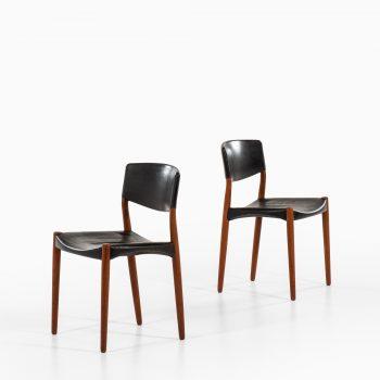 Aksel Bender Madsen & Ejner Larsen dining chairs at Studio Schalling