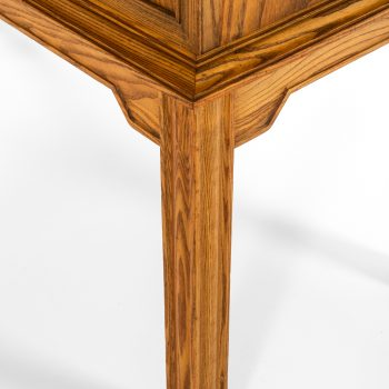 Oscar Nilsson cabinet in oak at Studio Schalling