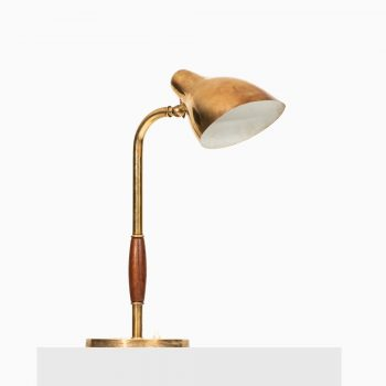 Vilhelm Lauritzen table lamp by Louis Poulsen at Studio Schalling
