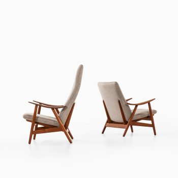 Illum Wikkelsø easy chairs model 10 by Søren Willadsen at Studio Schalling