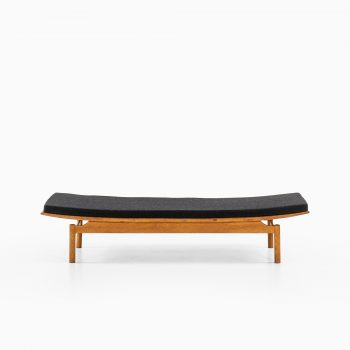 Daybed attributed to Kurt Østervig at Studio Schalling