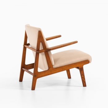Børge Mogensen easy chair in oak at Studio Schalling