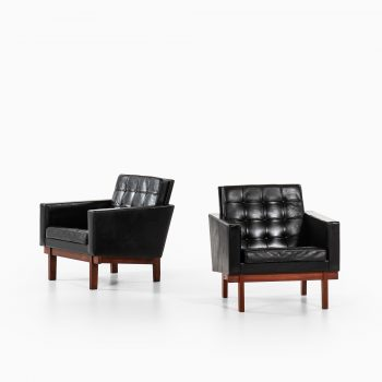 Karl-Erik Ekselius easy chairs produced by JOC at Studio Schalling