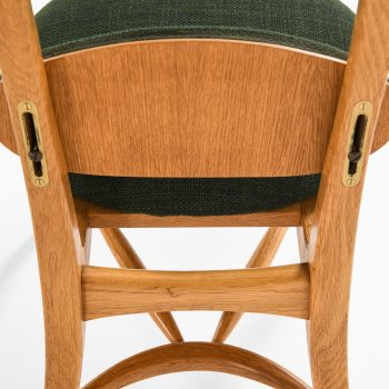 Vilhelm Lauritzen musician chair at Studio Schalling