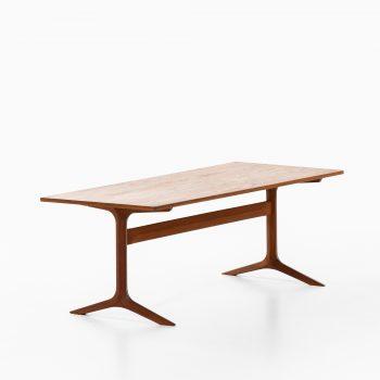 Peter Hvidt coffee table model Silverline at Studio Schalling