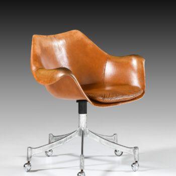 Jørgen Lund & Ole Larsen office chair model 932 at Studio Schalling
