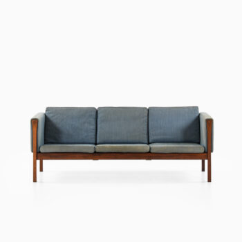 Hans Wegner CH163 sofa by Carl Hansen & Son at Studio Schalling