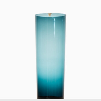 Kjell Blomberg glass vase by Gullaskruf at Studio Schalling