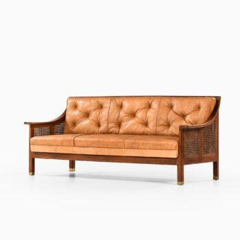 Arne Jacobsen freestanding sofa by Otto Meyer at Studio Schalling