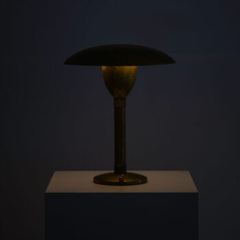 Italian table lamp in brass at Studio Schalling