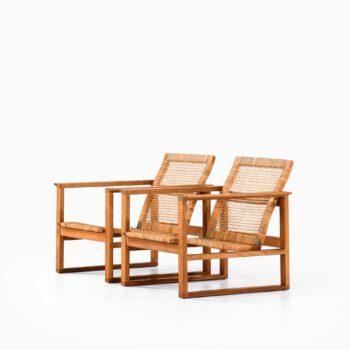 Børge Mogensen easy chairs BM-2256 at Studio Schalling