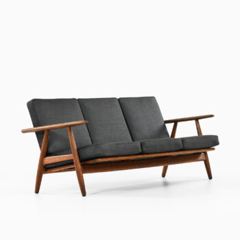 Hans Wegner cigar sofa model GE-240 at Studio Schalling