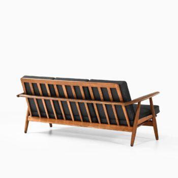 Hans Wegner cigar sofa model GE-240 at Studio Schalling